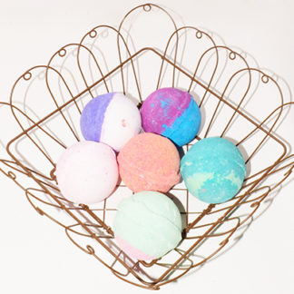 Arrow Mattick Bath Bombs